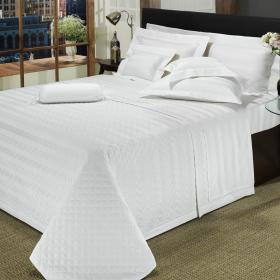 Kit: 1 Cobre-leito King + 2 porta-travesseiros Cetim 500 fios - Chesty Branco - Dui Design