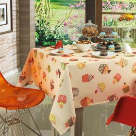Toalha de Mesa Quadrada 4 lugares 140x140cm - Cupcakes Bege - Dui Design