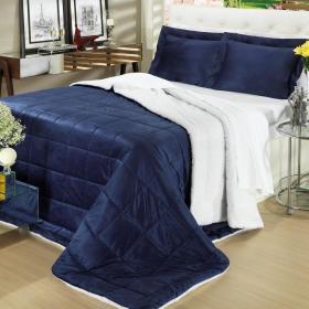 Kit: 1 Edredom King Plush e Pele de Carneiro + 2 Porta-travesseiros - Plush Sherpa Azul Marinho - Dui Design