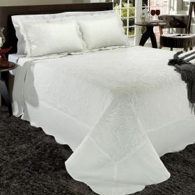Kit: 1 Cobre-leito Casal Bouti Bordada de Microfibra + 2 Porta-travesseiros - Lisboa Branco - Dui Design