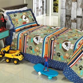 Kit: 1 Cobre-leito Solteiro Kids Bouti de Microfibra PatchWork + 1 Porta-travesseiro - Puppy Multicor - Dui Design