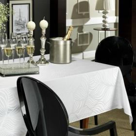 Toalha de Mesa F�cil de Limpar Quadrada 4 Lugares 160x160cm - Vernon Branco - Dui Design