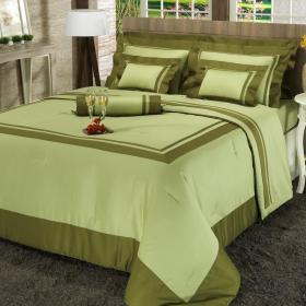 Enxoval Queen com Edredom 5 pe�as Cetim de Algod�o 300 fios - Windsor Verde Oliva - Dui Design
